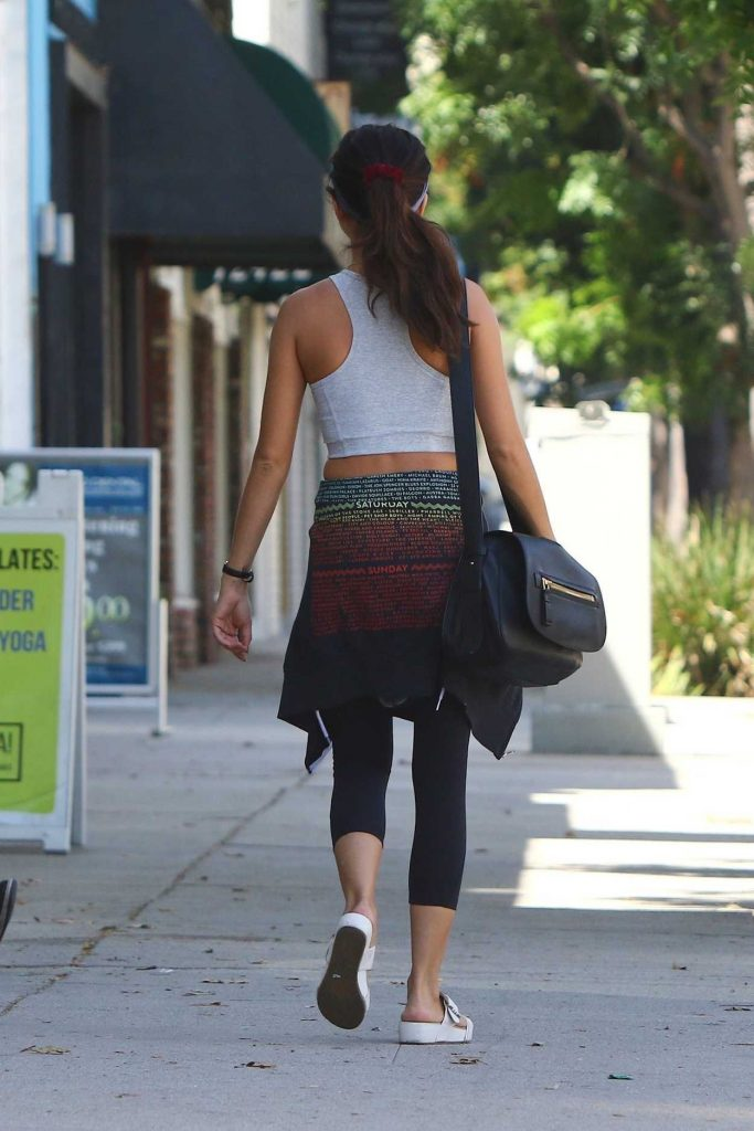 Sarah Hyland in a Workout Clothes