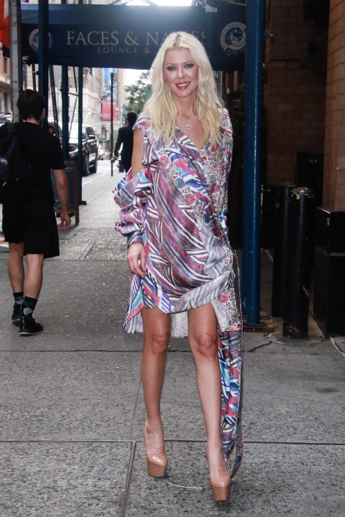 Tara Reid in a Floral Dress