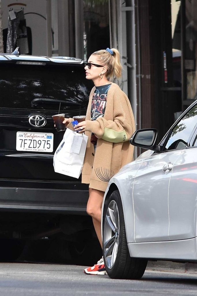 Hailey Baldwin in a Beige Cardigan