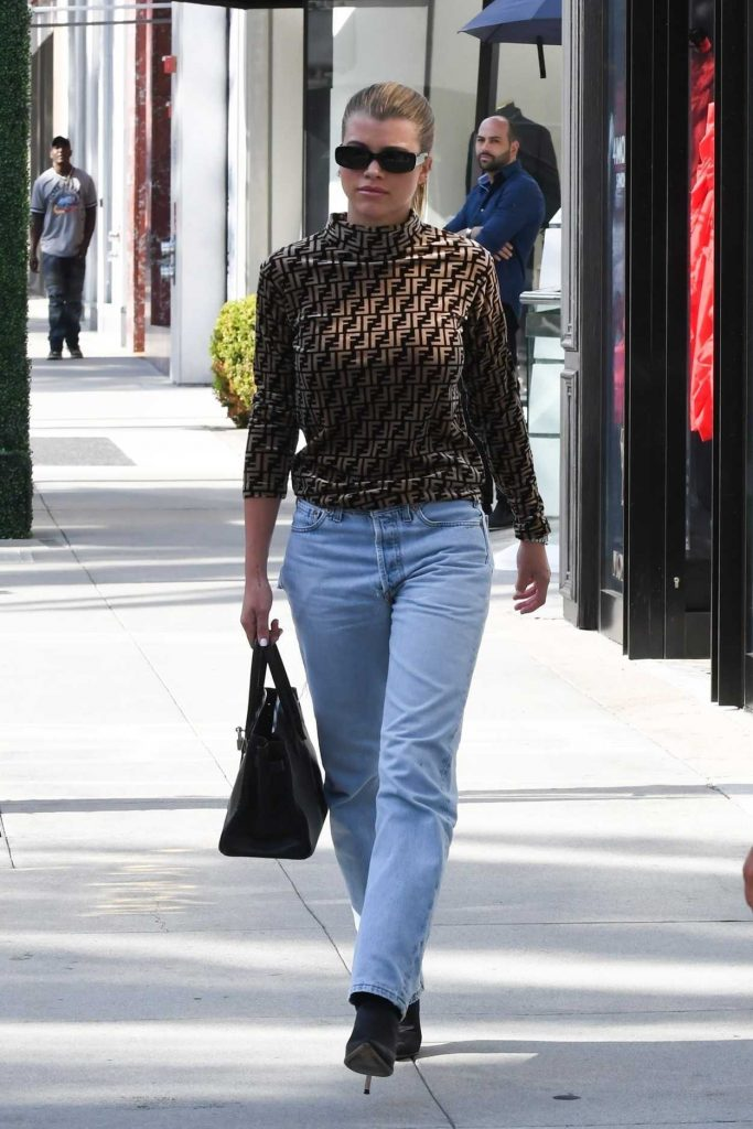 sofia richie in a brown fendi turtleneck was seen out in beverly hills 10 12 2018. Black Bedroom Furniture Sets. Home Design Ideas
