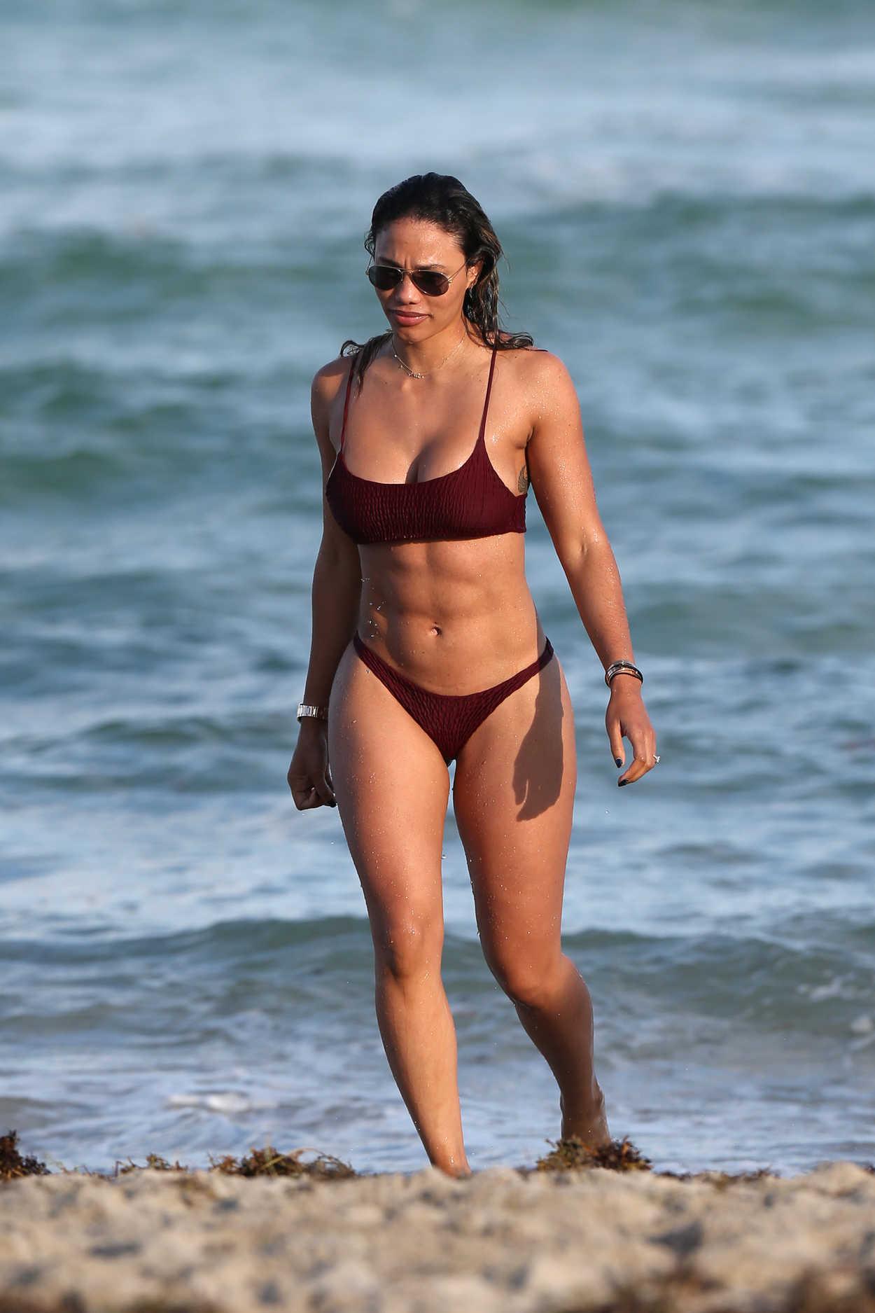 Jessica Ledon In Bikini On The Beach In Miami 11232018 -3321