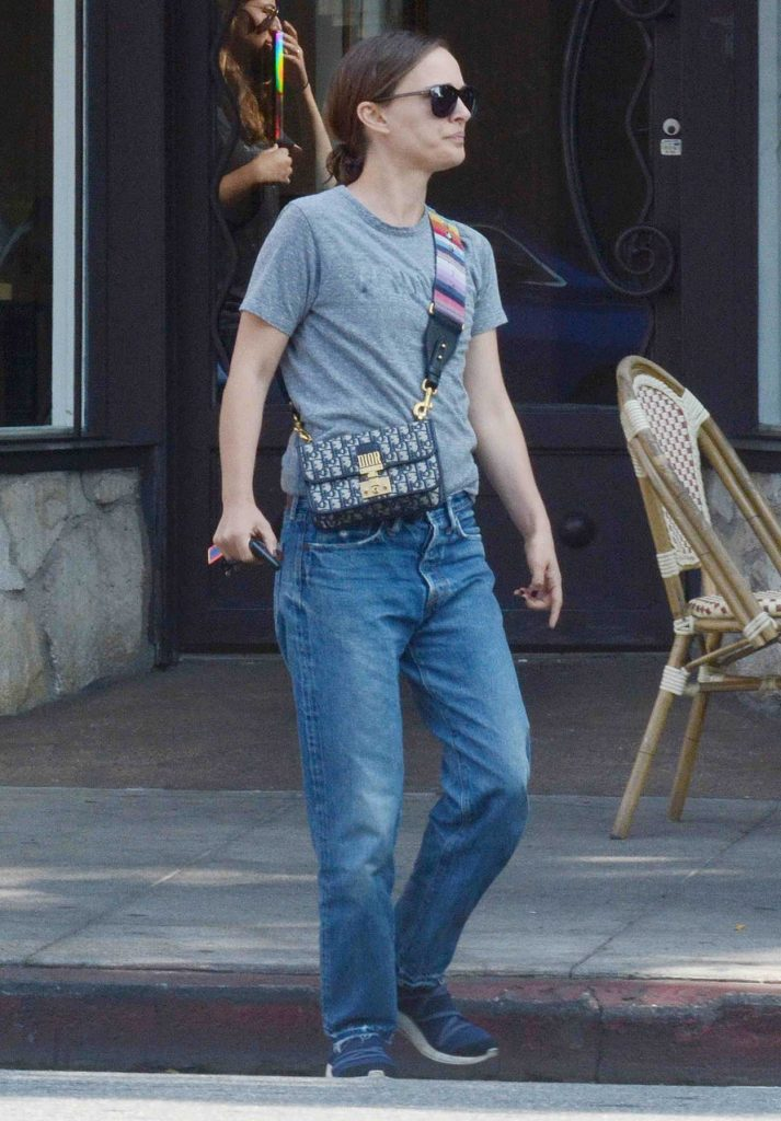 Natalie Portman in a Gray T-Shirt