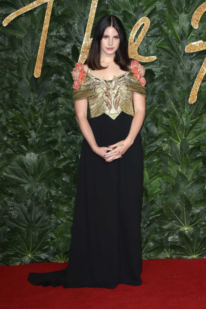 Year Of The Dog 2018 >> Lana Del Rey Attends 2018 British Fashion Awards in London 12/10/2018 – celebsla.com