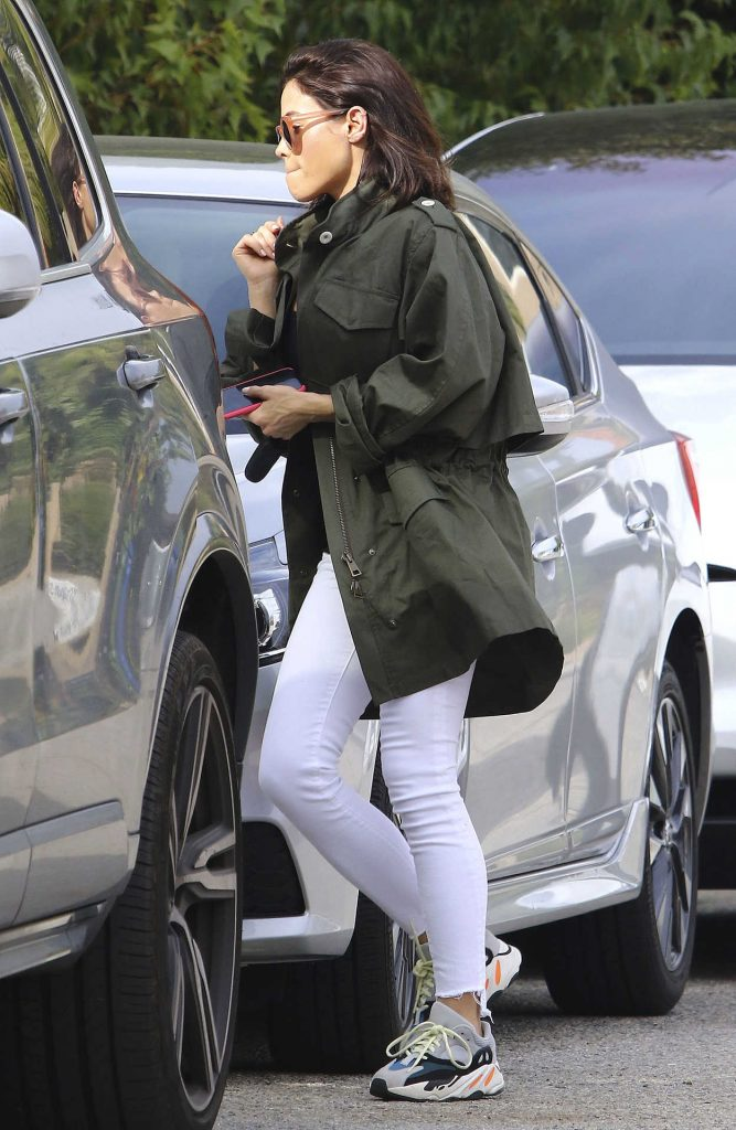 Jenna Dewan in a White Pants