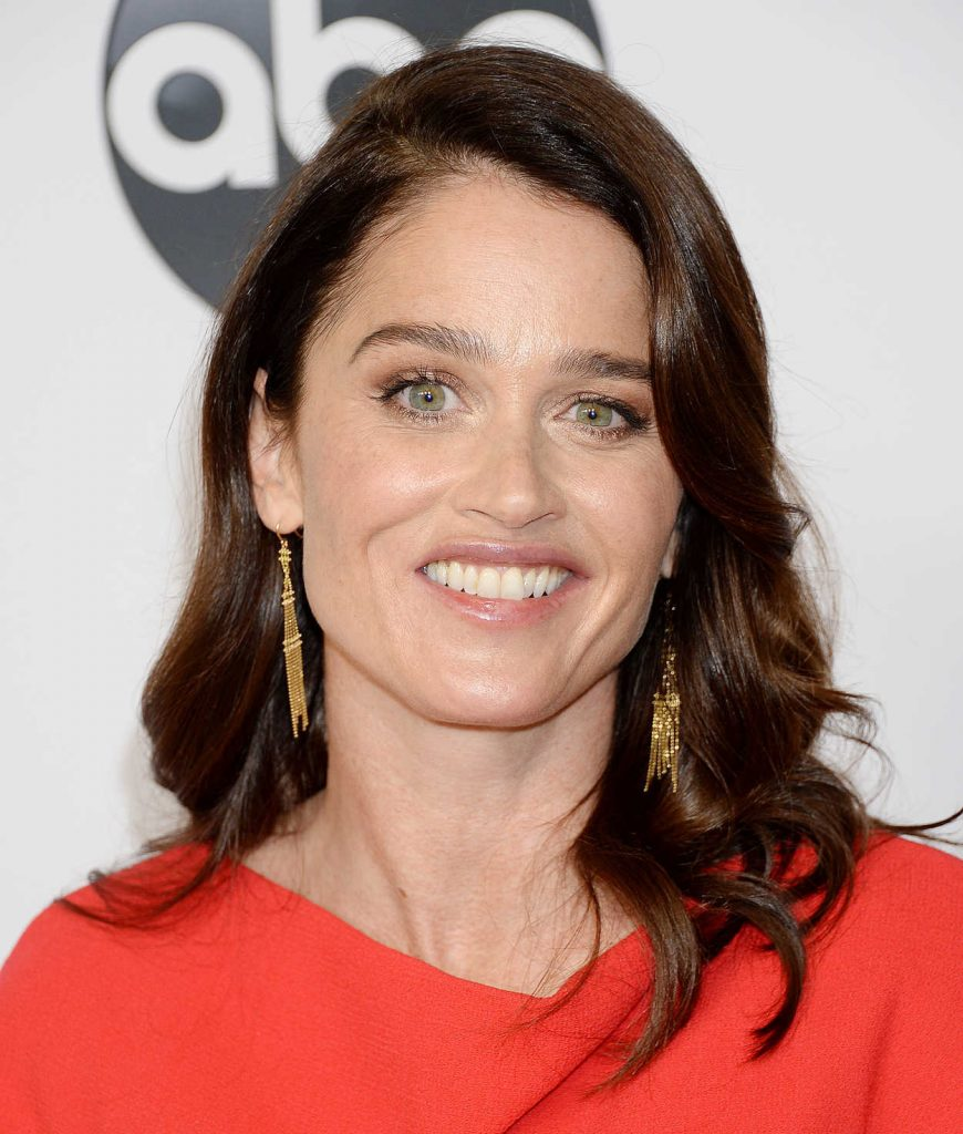 Robin Tunney Attends Freeform U2019s Tca Winter Press Tour In