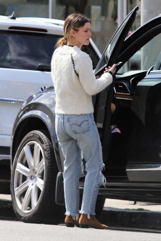 Rachel Bilson in a Blue Ripped Jeans