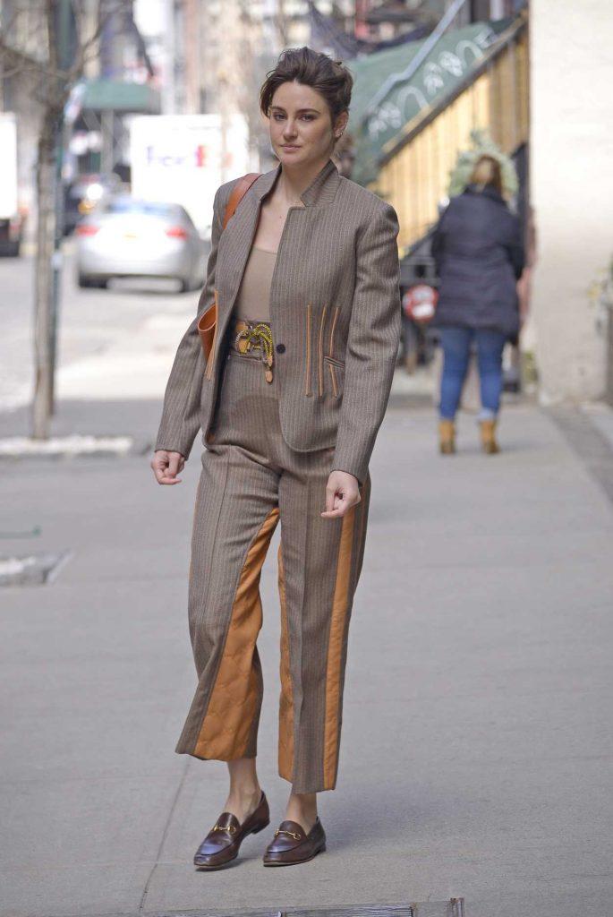 Shailene Woodley in a Beige Suit