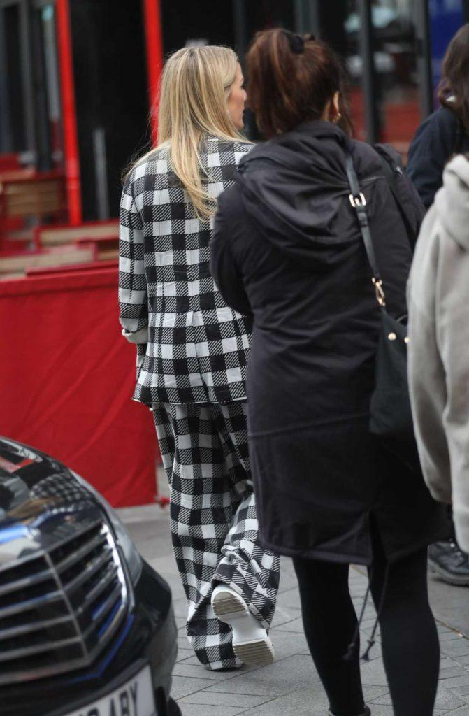 Ellie Goulding in a Plaid Suit