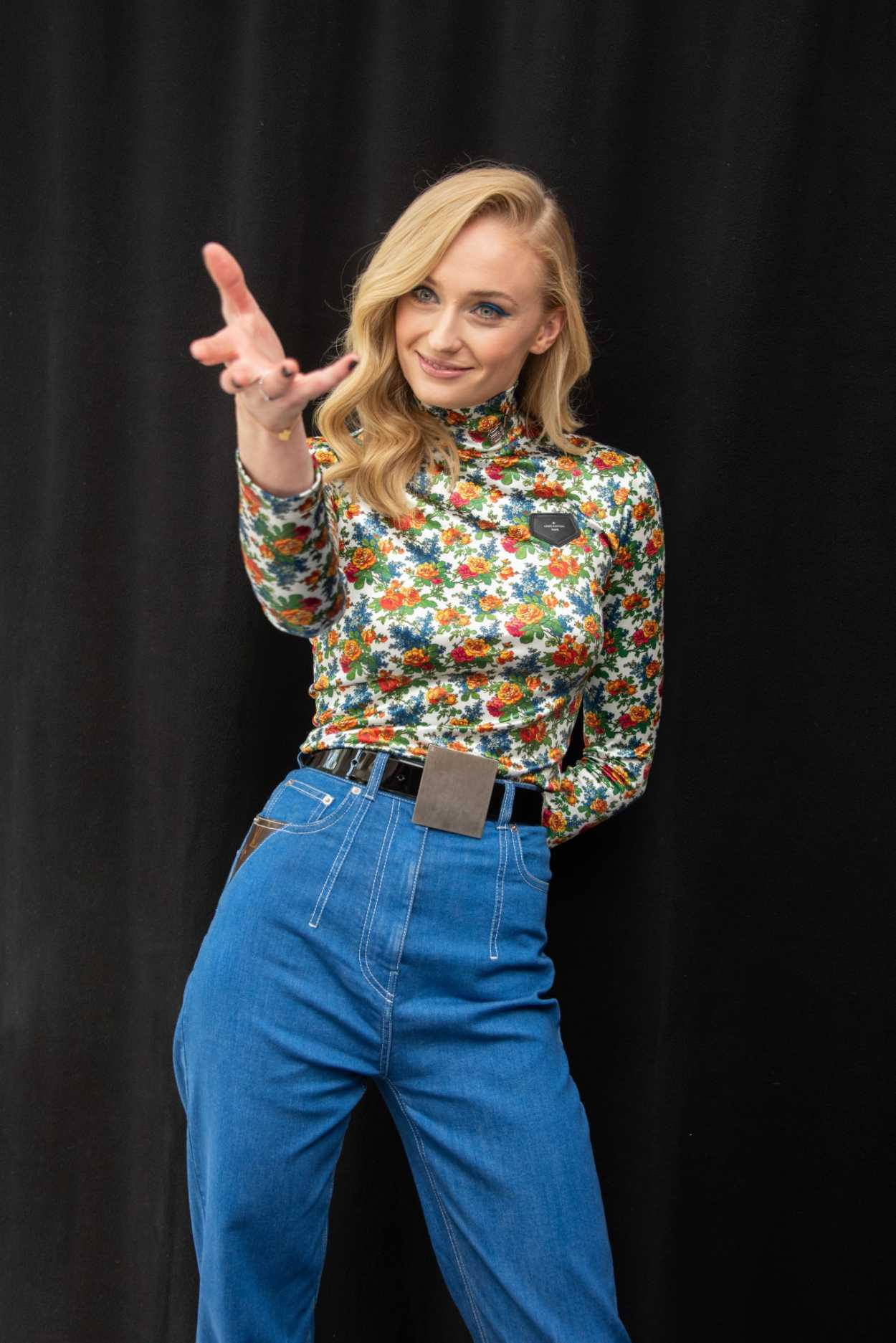 Sophie Turner Attends The Dark Phoenix Press Conference In
