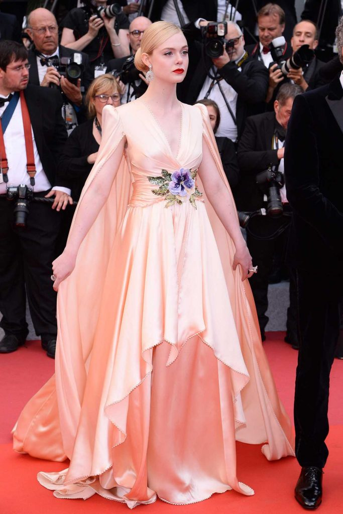 Elle Fanning Attends The Dead Don't Die Red Carpet During