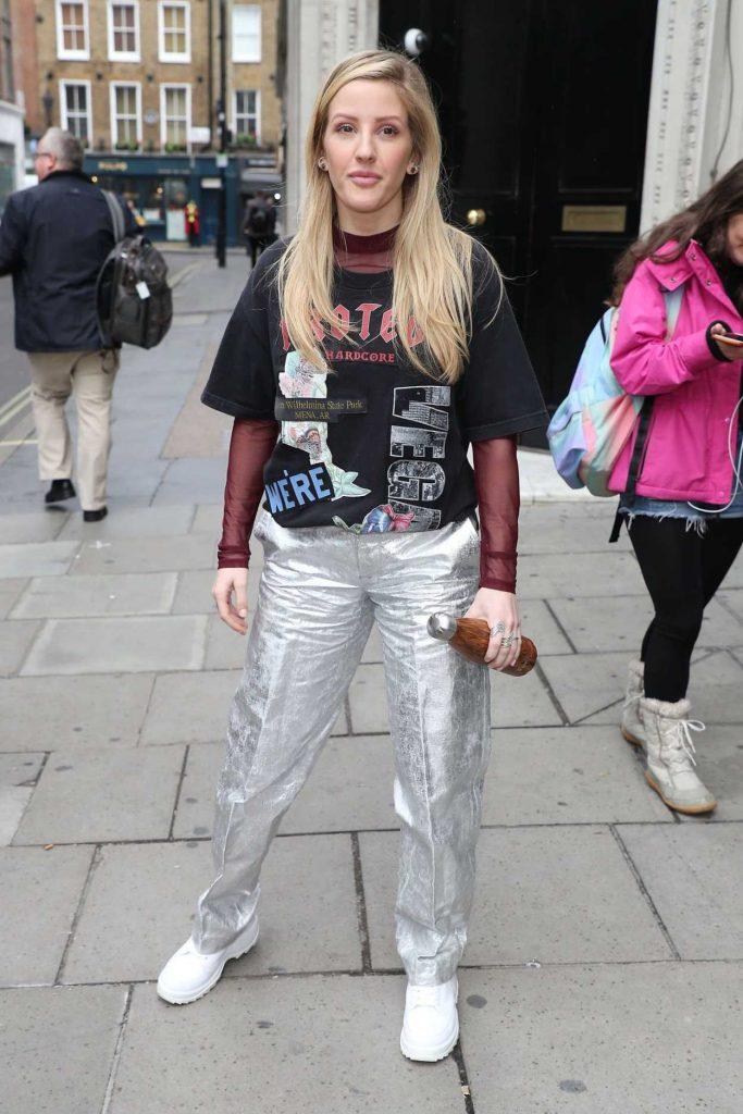 Ellie Goulding in a Silver Pants