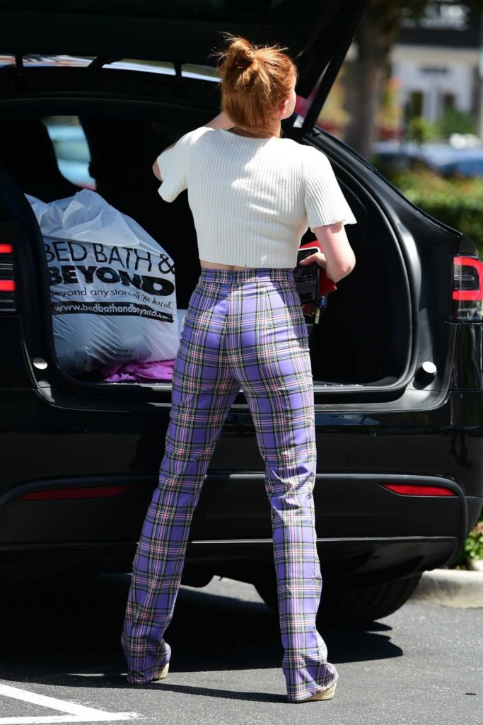 Ariel Winter in a Plaid Pants
