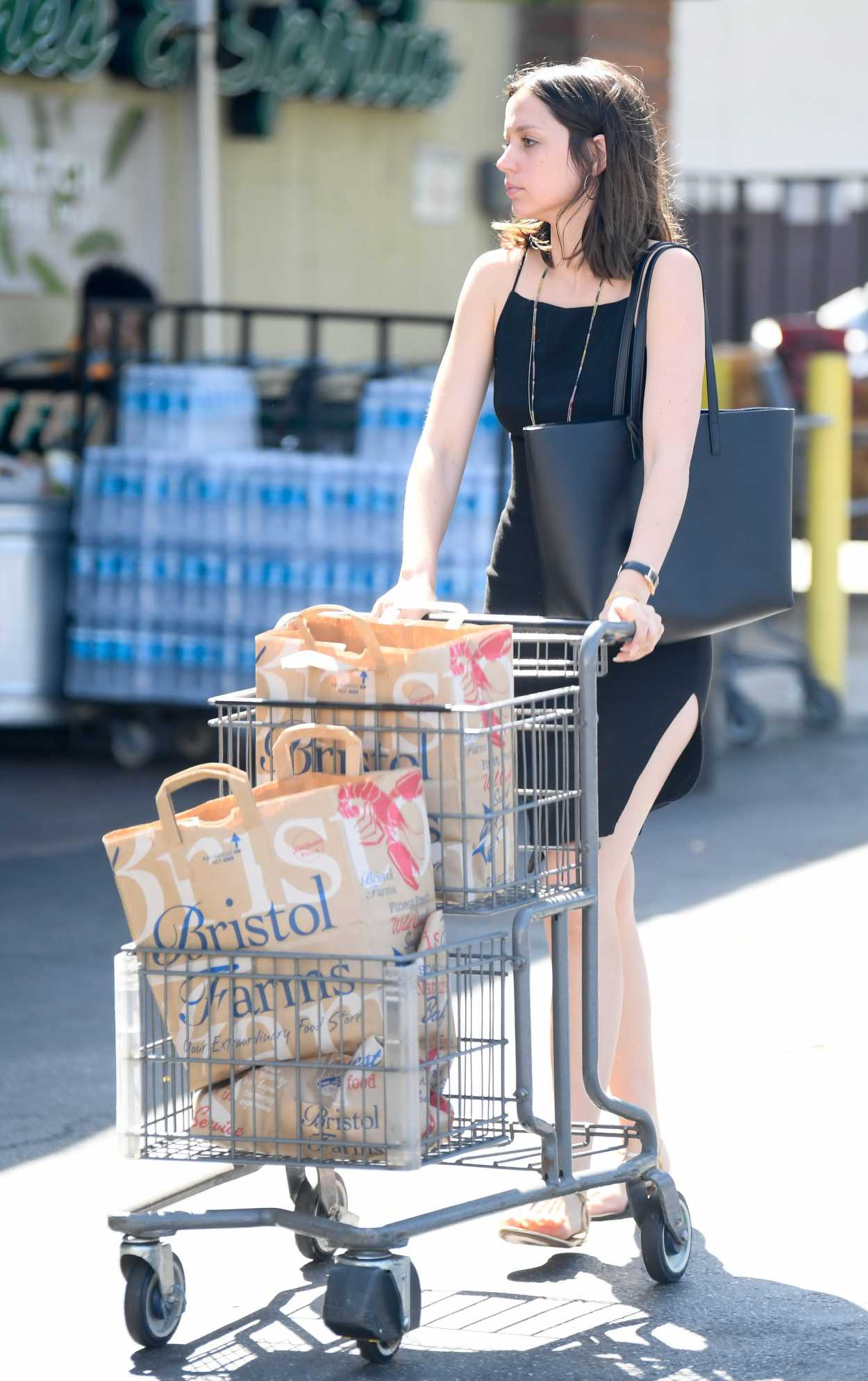 Ana de Armas in a Black Dress Attends the Bristol Farms in