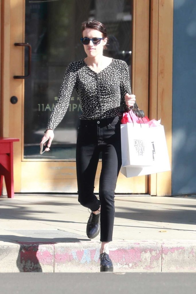 Emma Roberts in a Black Pants