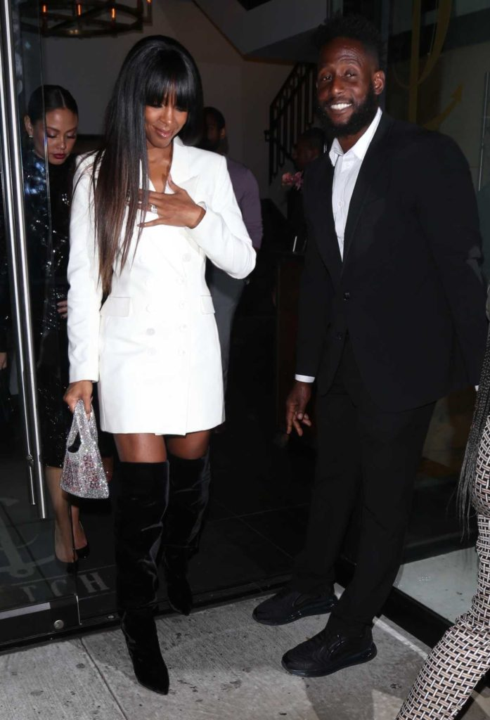 Kelly Rowland in a White Blazer