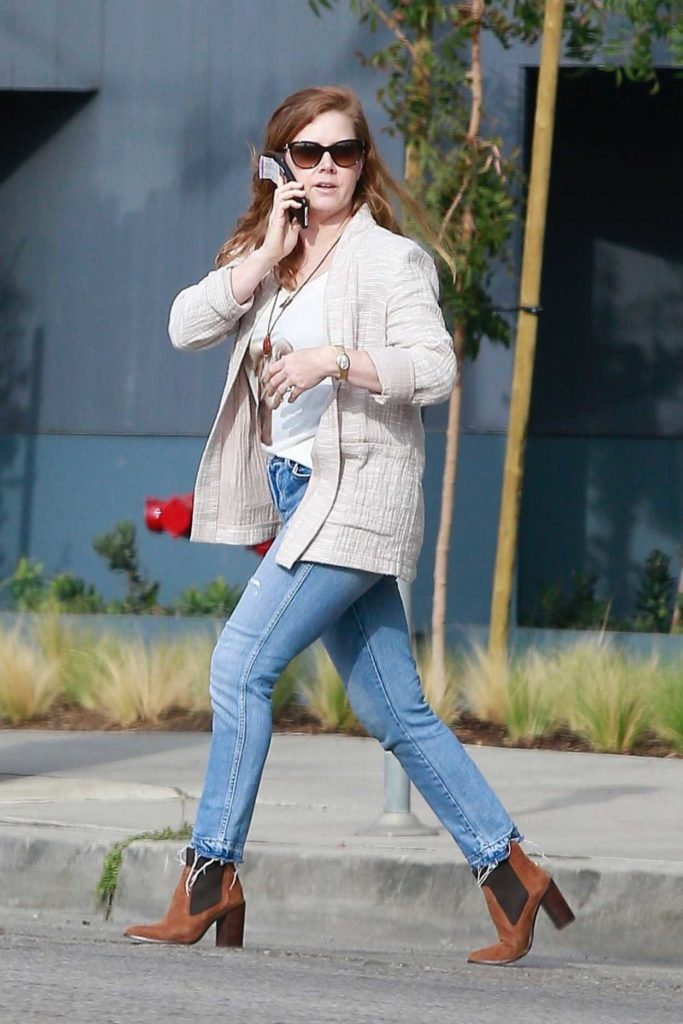 Amy Adams in a Blue Ripped Jeans