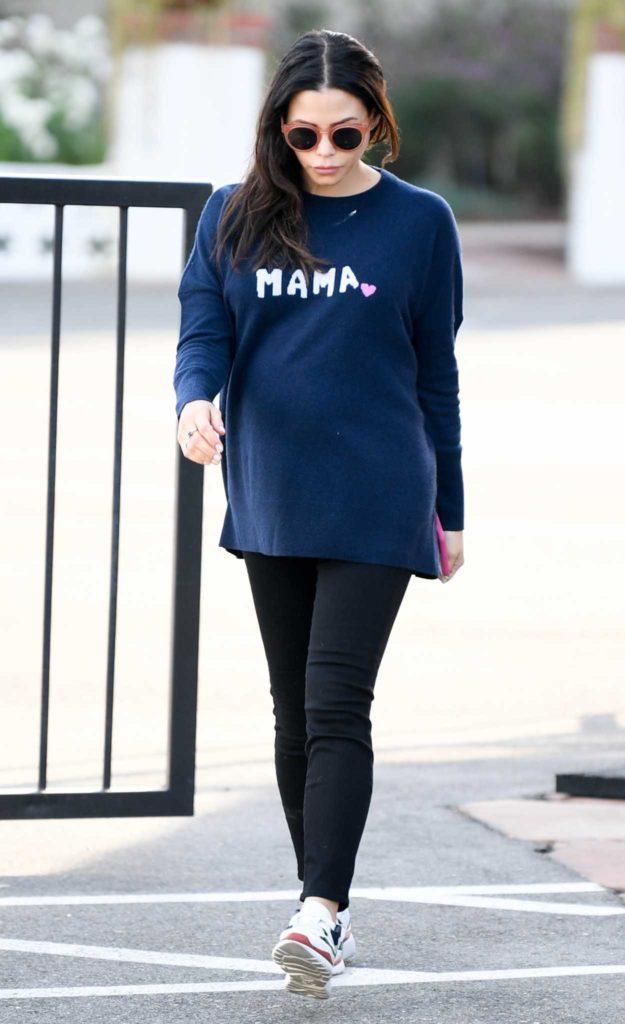 Jenna Dewan in a Blue Long Sleeves T-Shirt