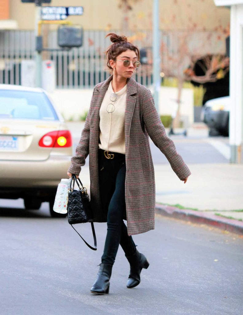 Sarah Hyland in a Checked Coat