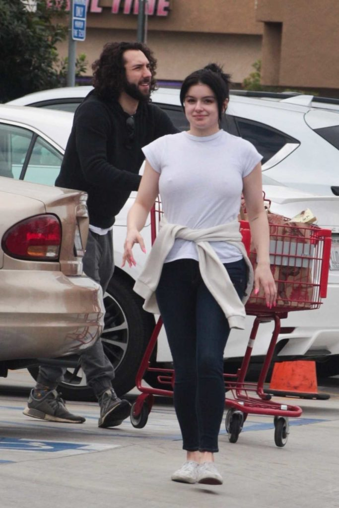 Ariel Winter in a White Tee