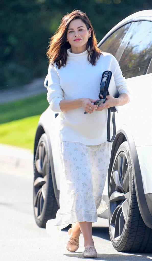 Jenna Dewan in a White Turtleneck