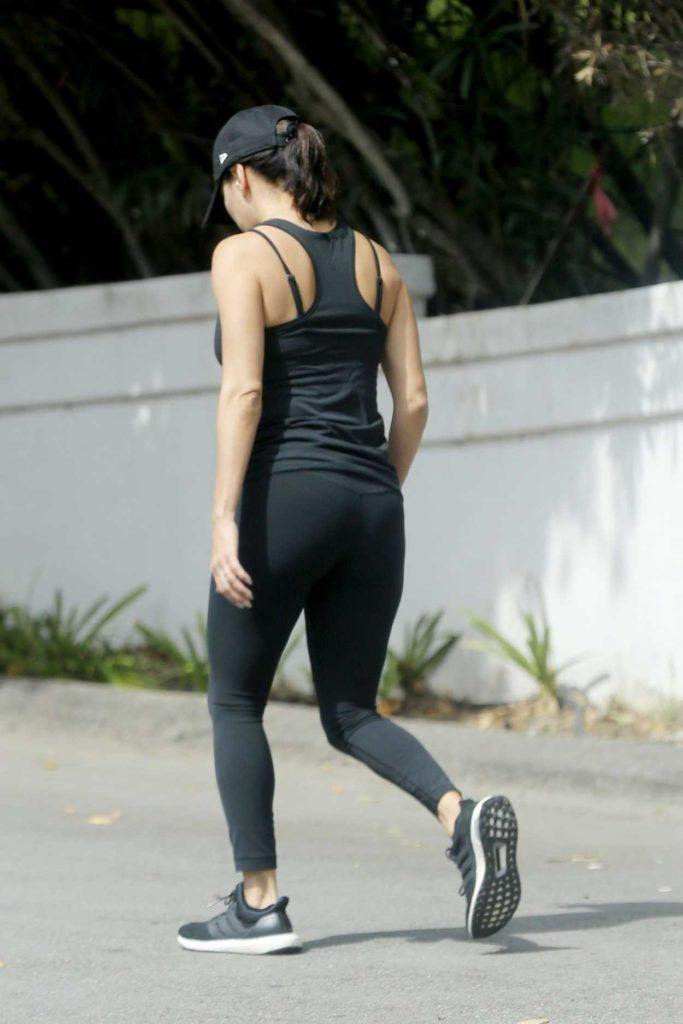 Eva Longoria in a Black Workout Clothes