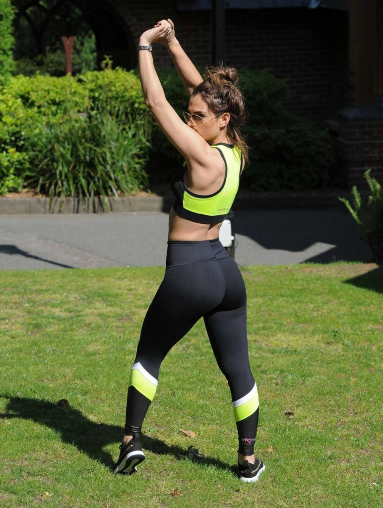 Nicole Bass in a Black Workout Clothes