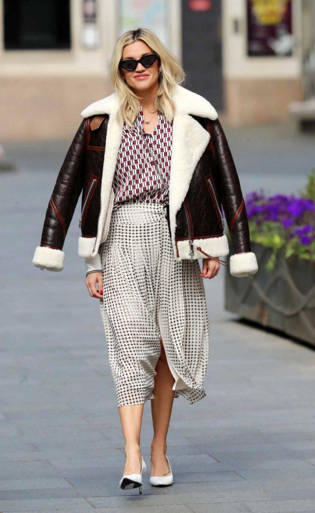 Ashley Roberts in a Brown Sheepskin Jacket