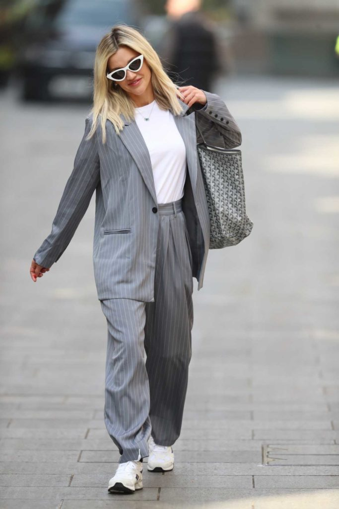 Ashley Roberts in a Gray Striped Suit