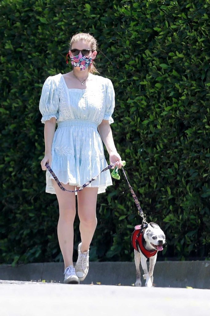 Kate Mara in a Floral Print Face Mask
