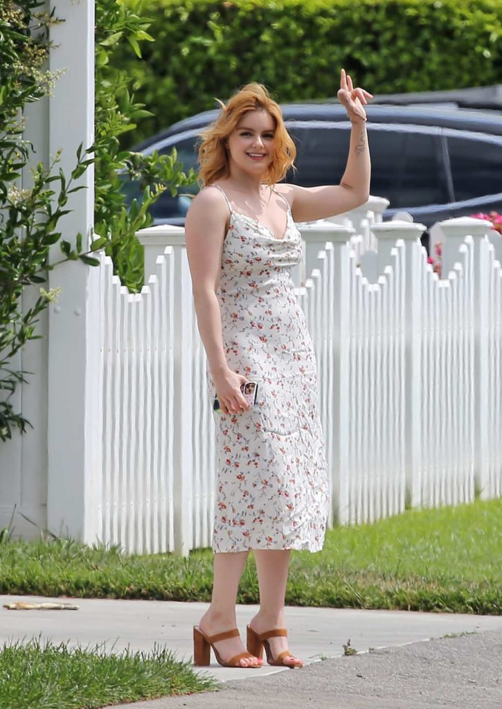 Ariel Winter in a Summer Dress