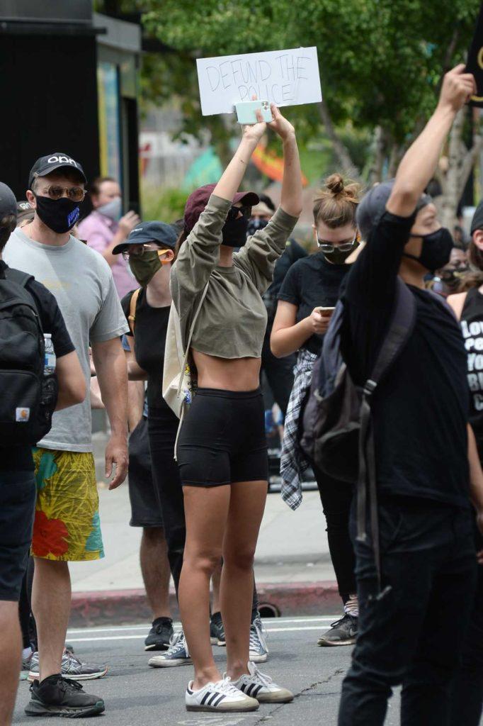Emily Ratajkowski in a Protective Mask