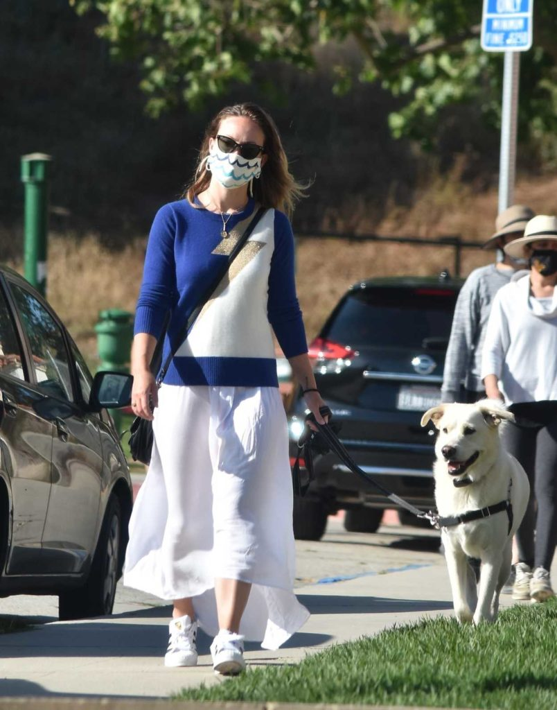 Olivia Wilde in a Stylish Protective Mask