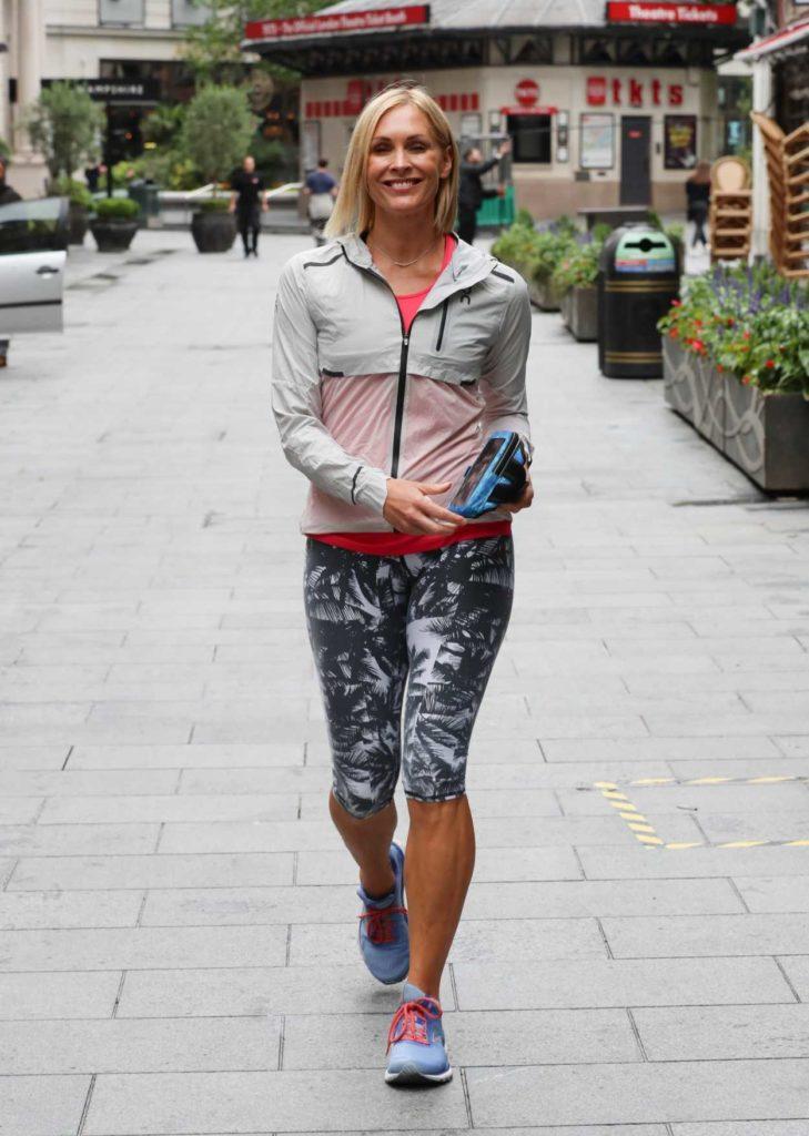 Jenni Falconer in a Printed Lycra Leggings