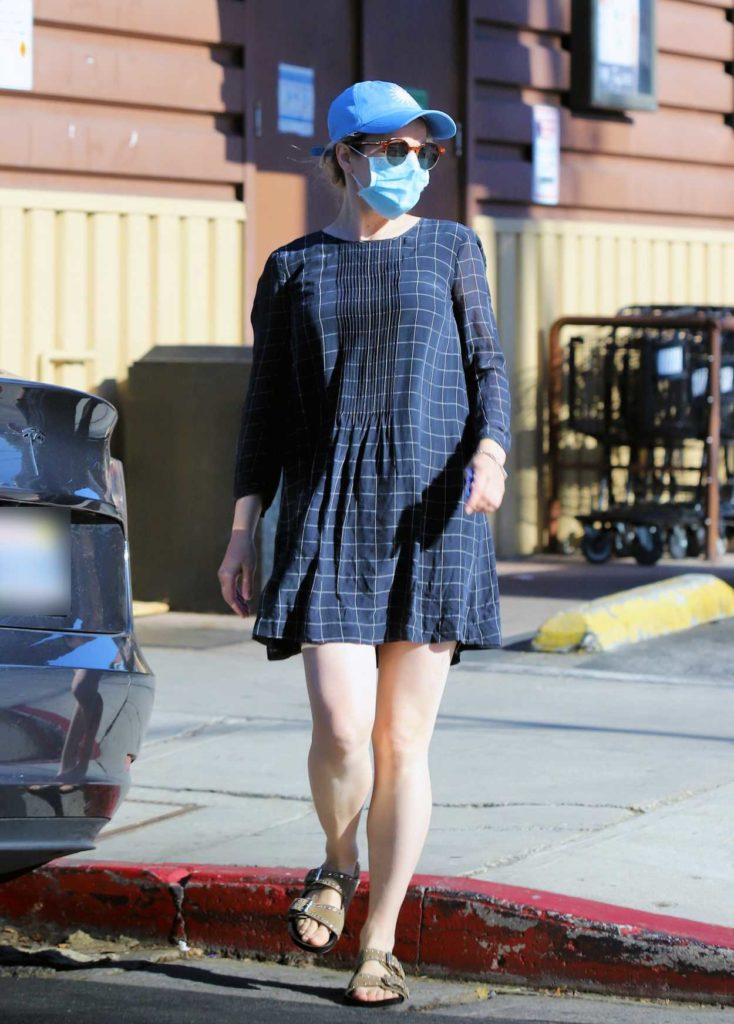 Rachel McAdams in a Blue Cap