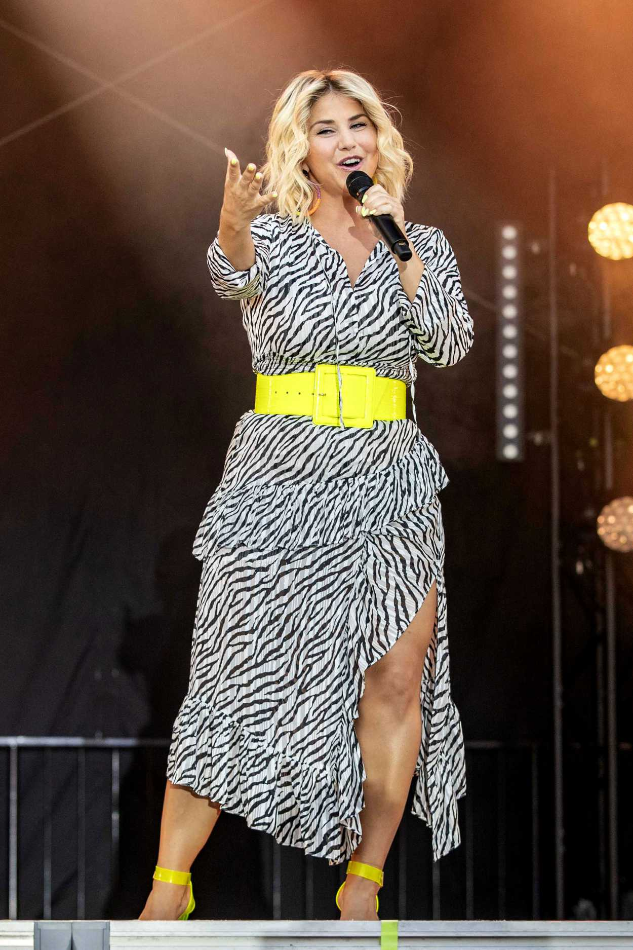 Beatrice Egli Performs at the Sommer Open Air in Erfurt 08 ...