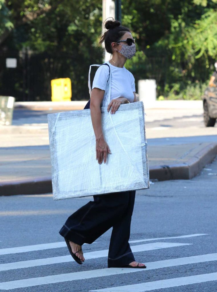Katie Holmes in a White Tee