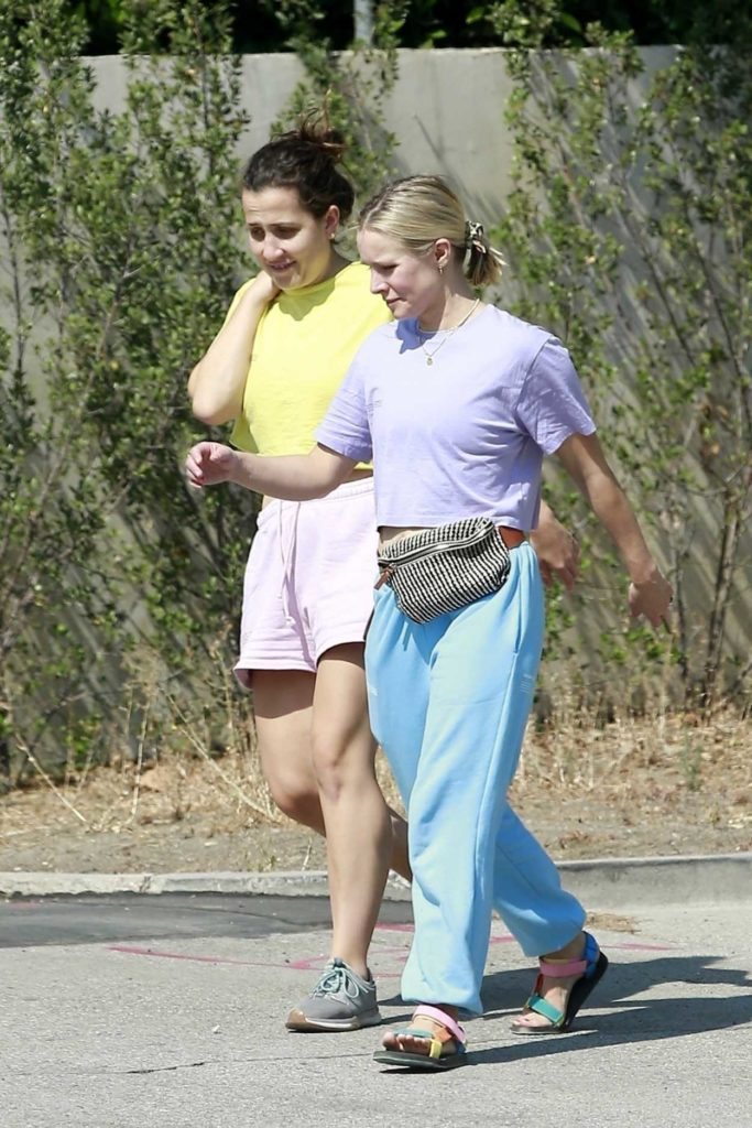 Kristen Bell in a Light Blue Sweatpants