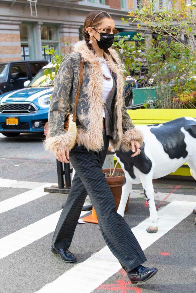 Bella Hadid in a Grey Striped Pants