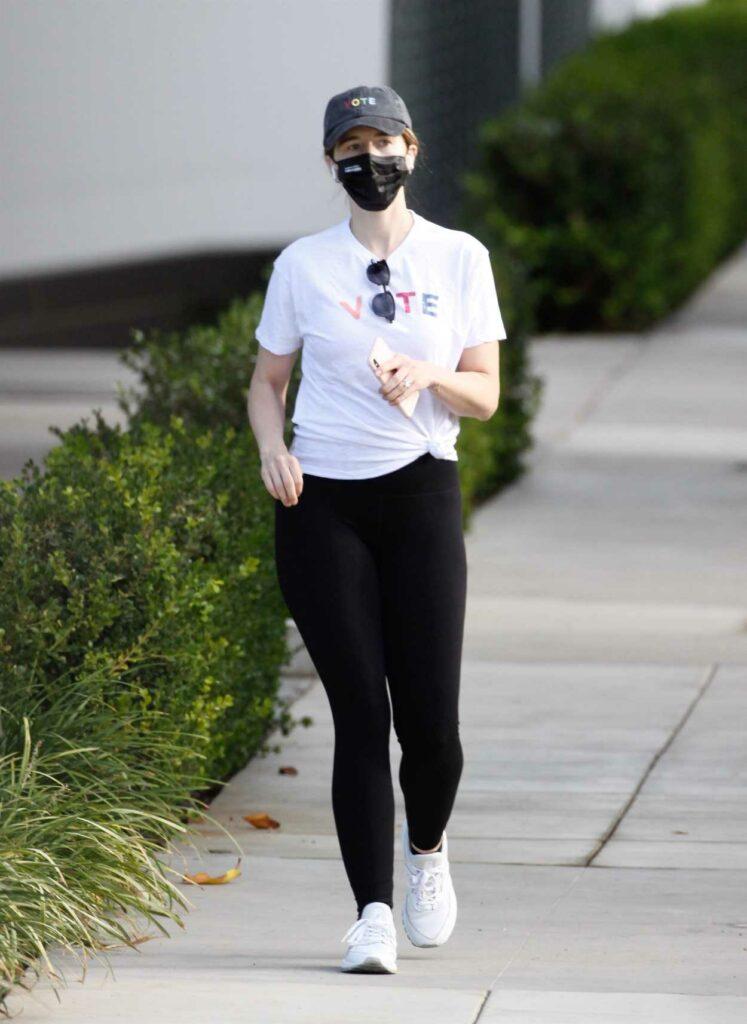 Katherine Schwarzenegger in a White Sneakers