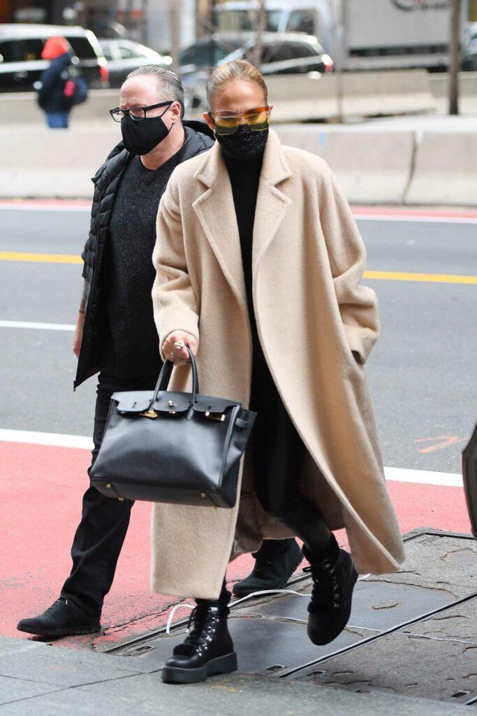 Jennifer Lopez in a Beige Coat