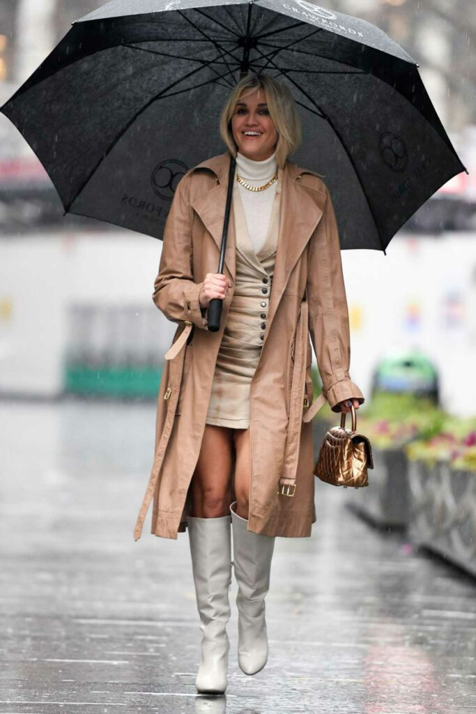 Ashley Roberts in a Beige Trench Coat