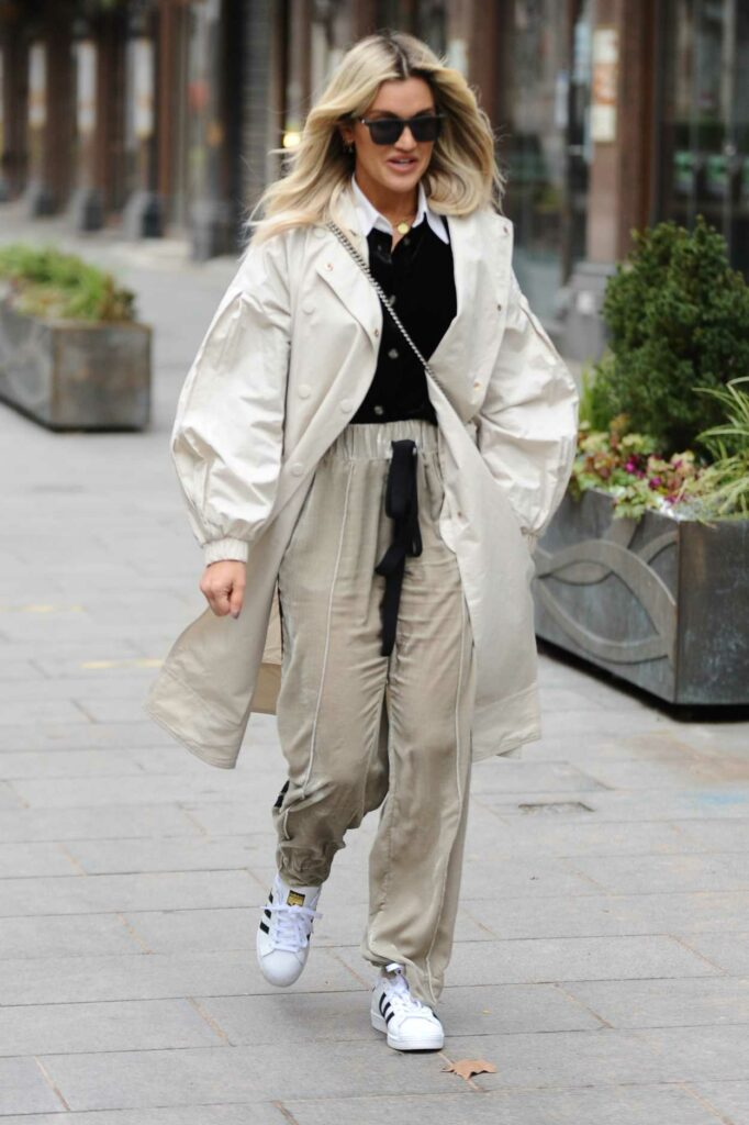 Ashley Roberts in a White Adidas Sneakers