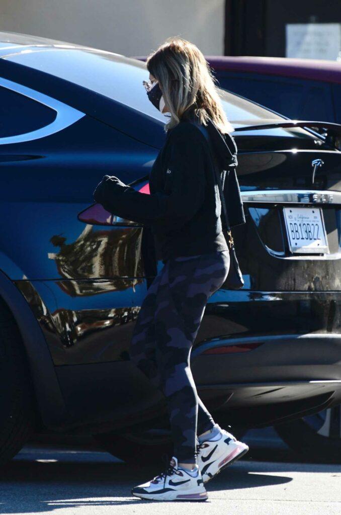 Sarah Michelle Gellar in a Black Hoodie