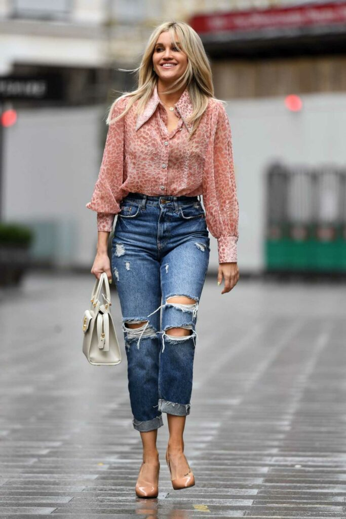 Ashley Roberts in a Blue Ripped Jeans