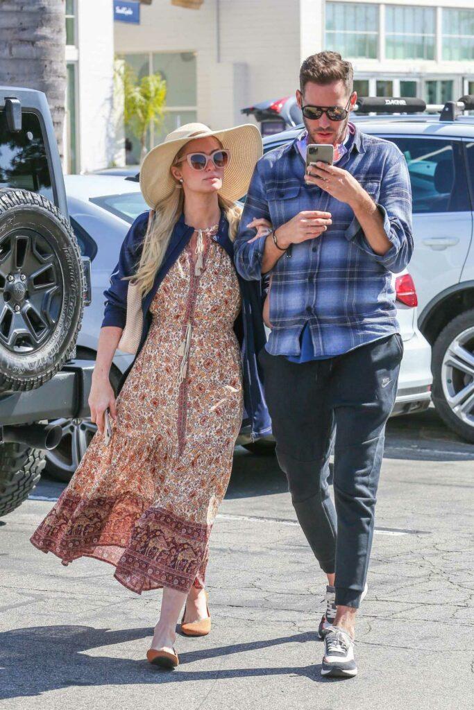 Paris Hilton in a Beige Hat