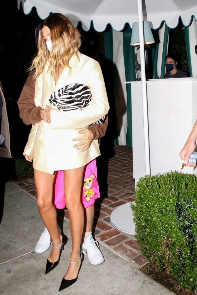 Hailey Bieber in a Beige Cardigan