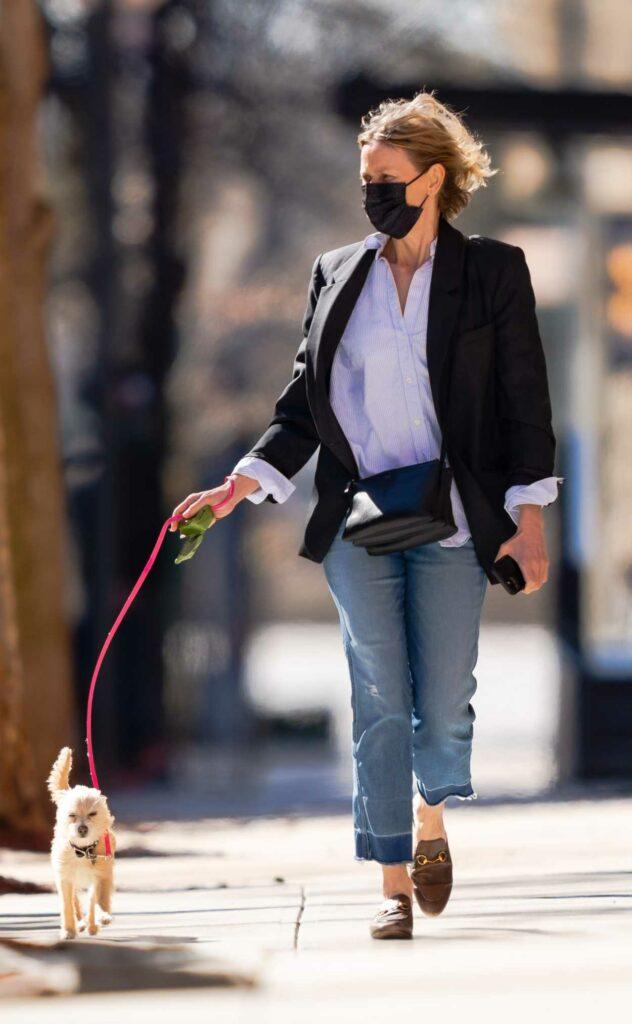 Naomi Watts in a Black Blazer