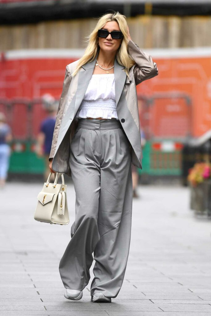 Ashley Roberts in a Grey Pantsuit