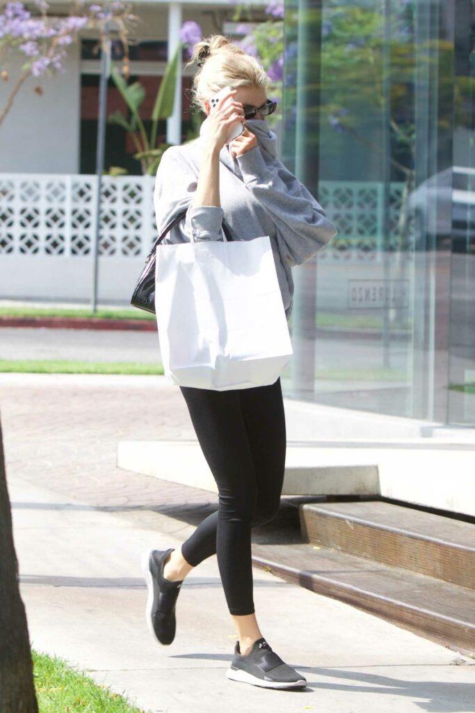 Charlotte McKinney in a Grey Hoodie
