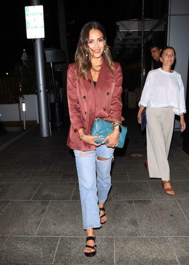 Jessica Alba in a Blue Ripped Jeans